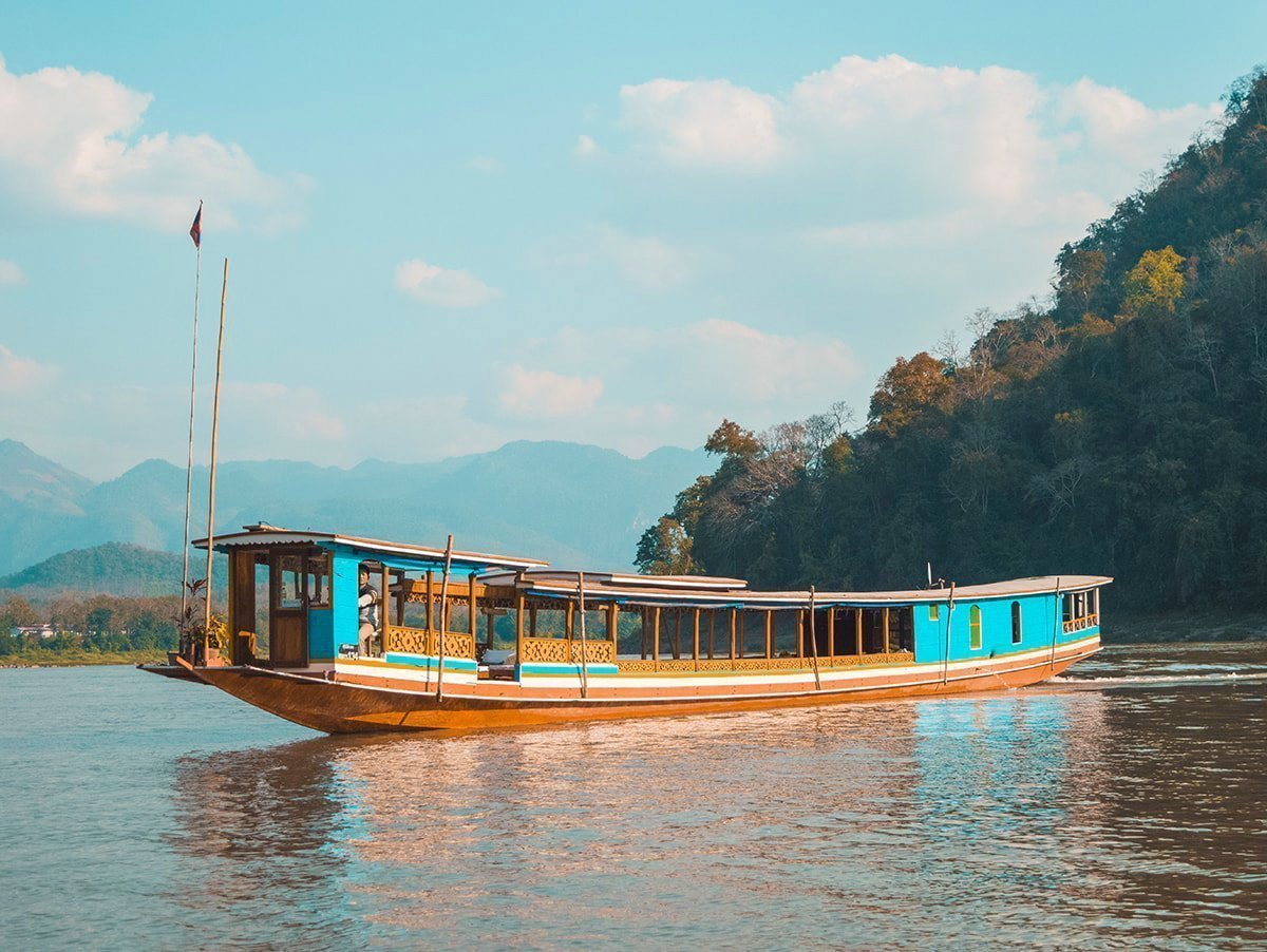 Taking The Slow Boat To Laos | Slow Boat Experience | Luang Prabang | Laos | Backpack South East Asia | Travel | Backpacking | Must Visit | Do Not Miss | Thailand | Huay Xi | Chiang Khong | Photography | Backpackers Wanderlust | #slowboat #laos #luangprabang #travel