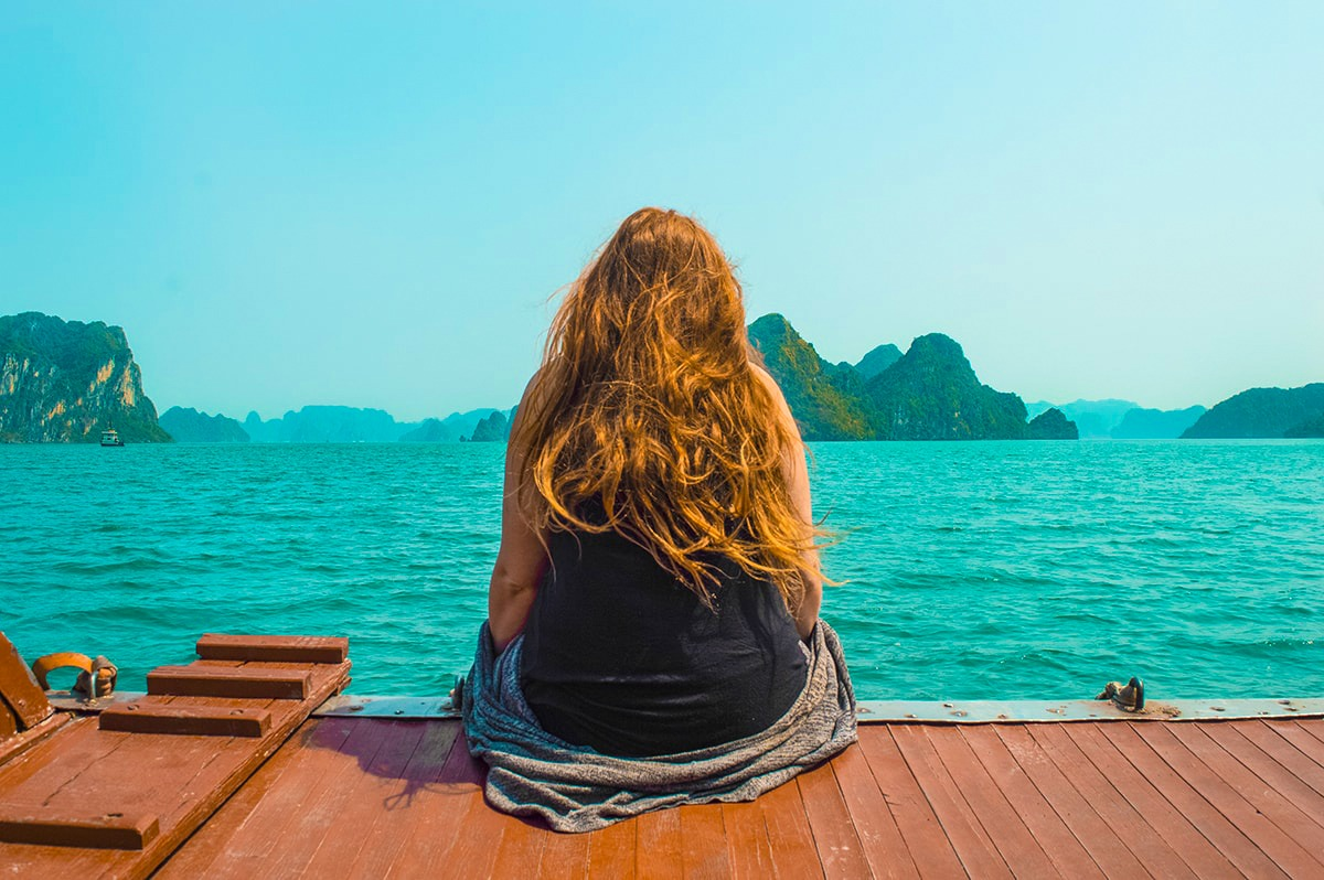 Explore Ha Long Bay On A Budget, Vietnam | Backpackers Wanderlust