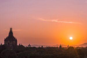 the sun setting in bagan