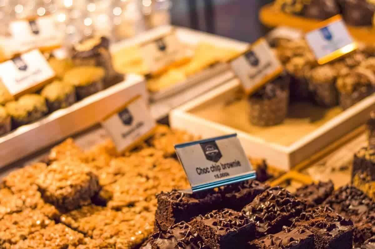 pastries luang prabang night market