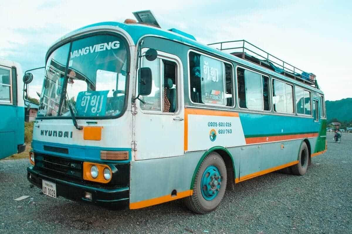 catch the bus from huay xai to luang prabang