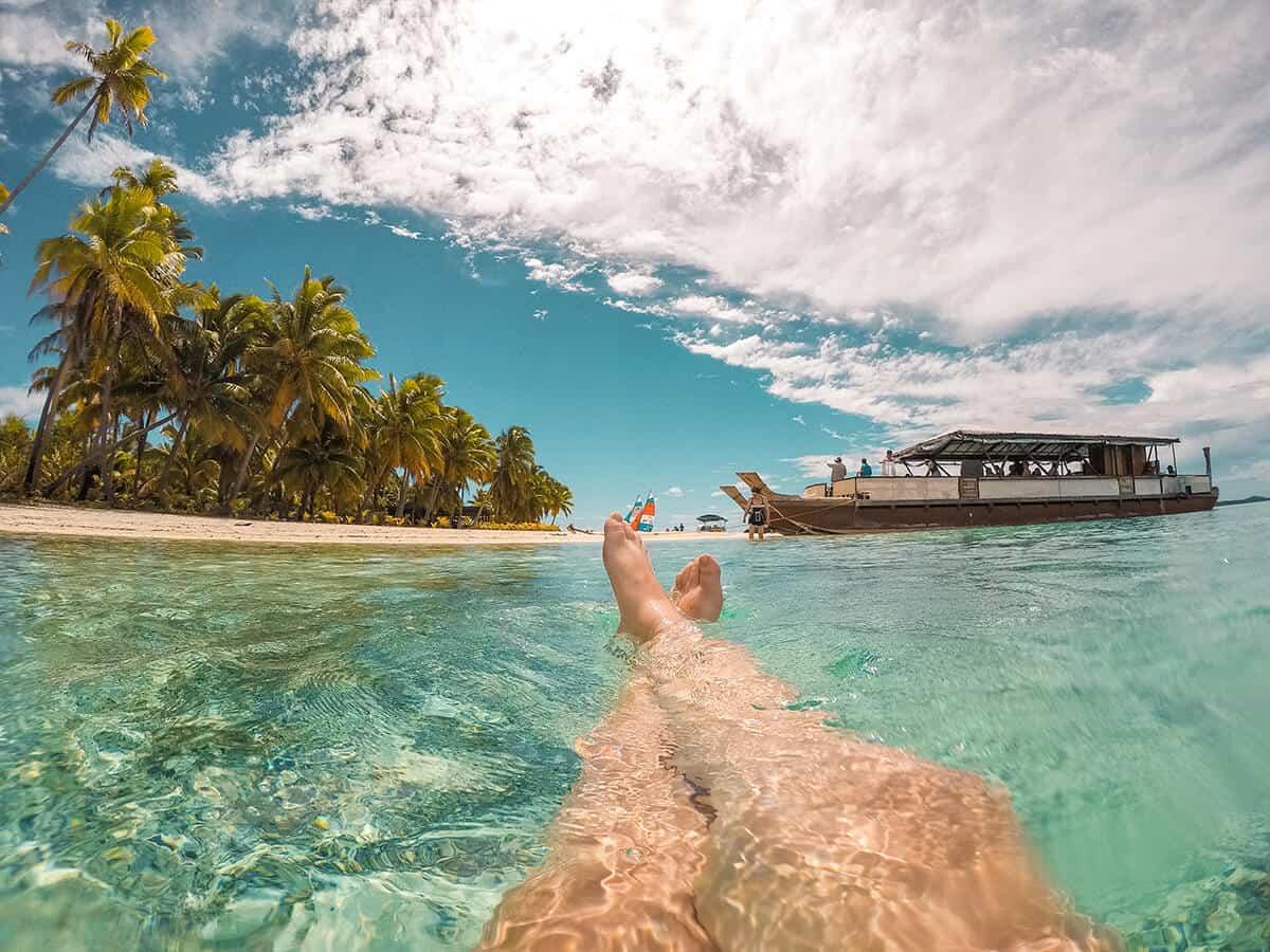 the vaka cruise on one foot island on our aitutaki day tour