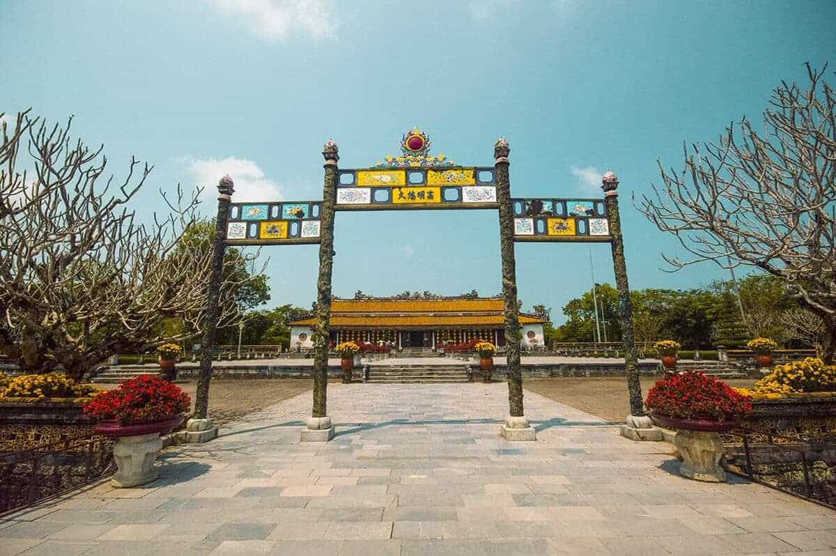 architecture inside the imperial city of hue